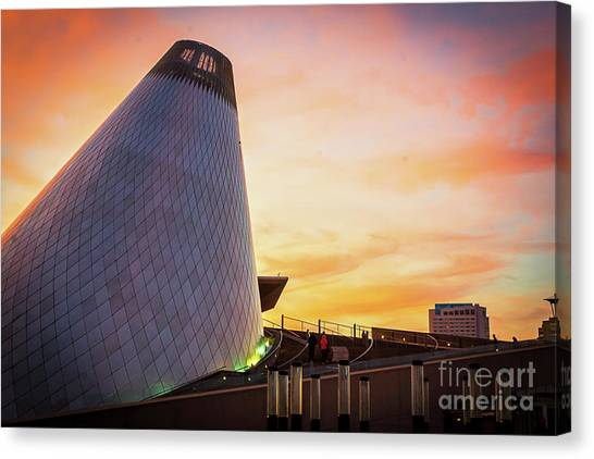 Museum Of Glass Tower#2 Canvas Print