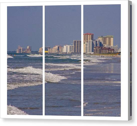 Myrtle In Three Canvas Print