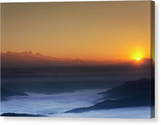Nagarkot Sunrise Canvas Print