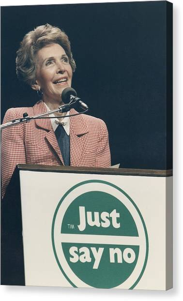 Nancy Reagan Speaking At A Just Say No Canvas Print by Everett
