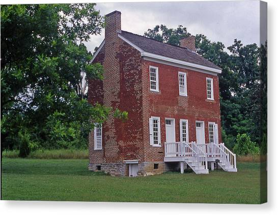 Natchez Trace Gordon House - 2 Canvas Print by Randy Muir