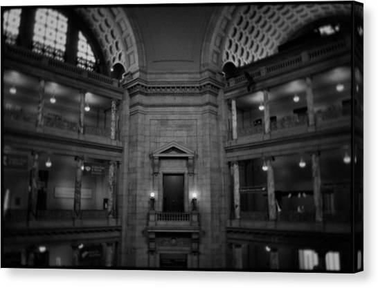 Smithsonian Institute Canvas Print - National Museum Of Natural History Rotunda Bw by Kyle Hanson