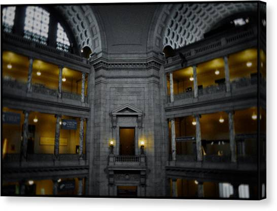 Smithsonian Institute Canvas Print - National Museum Of Natural History Rotunda by Kyle Hanson