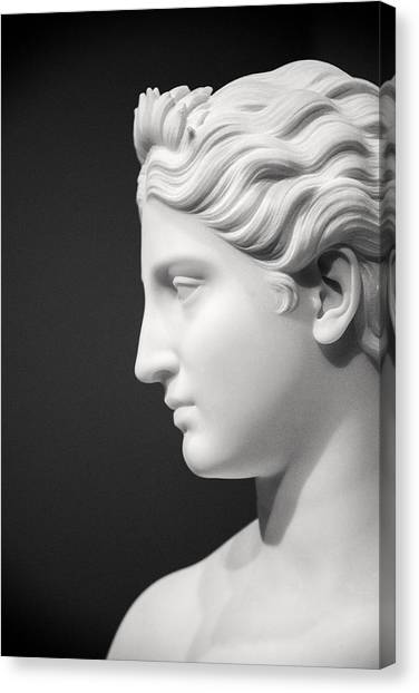 National Portrait Gallery Statue Profile Canvas Print