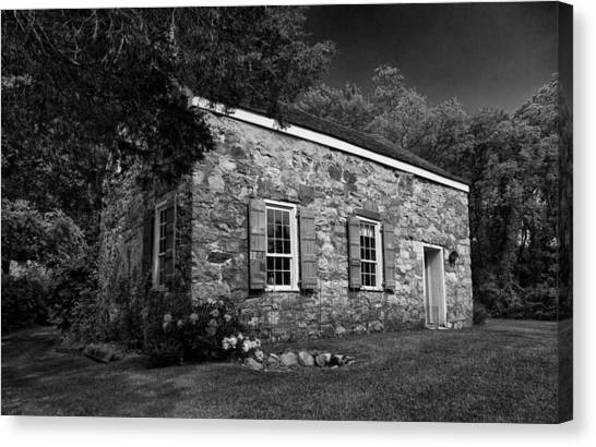 Neldon - Roberts Stonehouse Montague New Jersey Black And White Canvas Print
