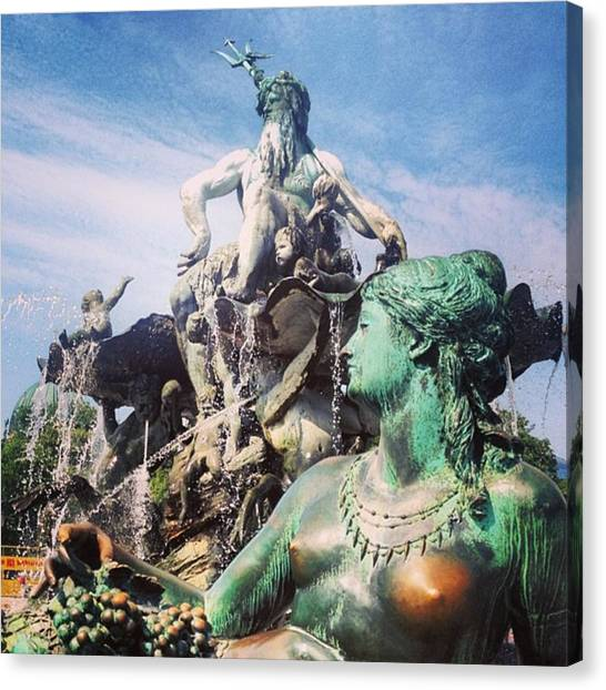 Roman Art Canvas Print - Neptunbrunnen - Berlin by Alan Magor