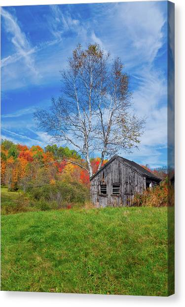 Canvas Print featuring the photograph New England Fall Foliage by Robert Bellomy