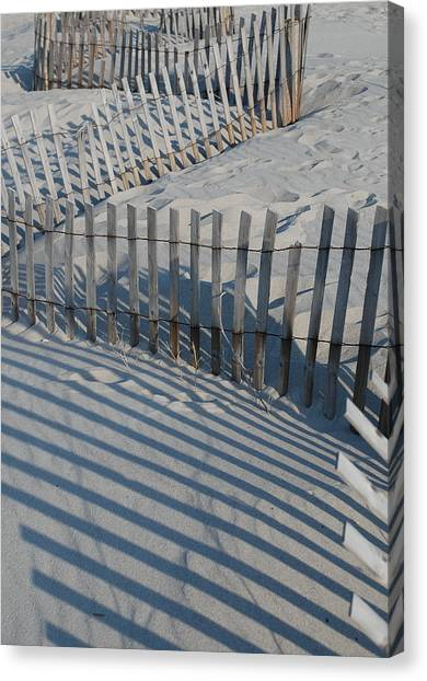 New England Fence Canvas Print by Gene Sizemore