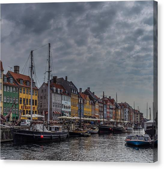 Sightseeing Canvas Print - New Harbor by Capt Gerry Hare