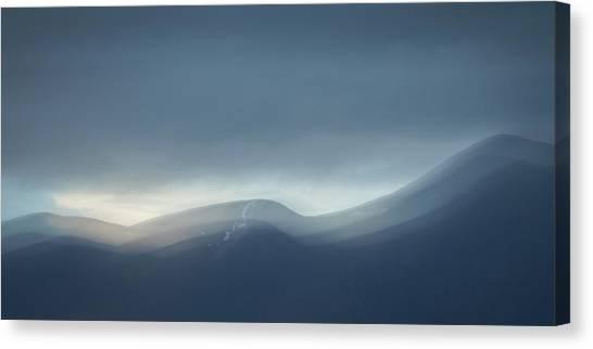 Keswick Canvas Print - New Horizons by Chris Dale