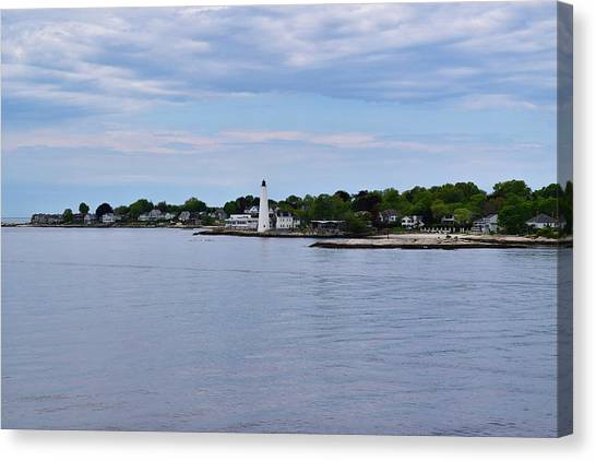 New London Harbor Lighthouse Canvas Print