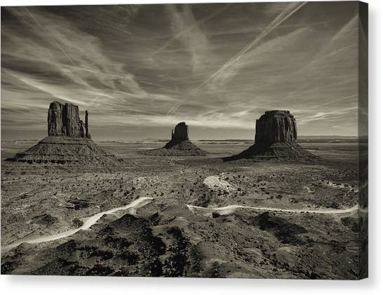 Monument Valley 9 Canvas Print