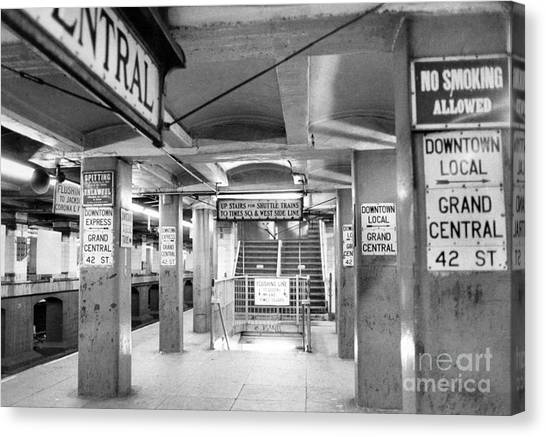 New York City Transit Strikes Leaves Grand Central Station Bare. 1980 Canvas Print by William Jacobellis
