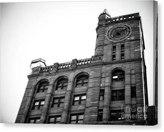 Montreal New York Life Insurance Building Canvas Print by John Rizzuto