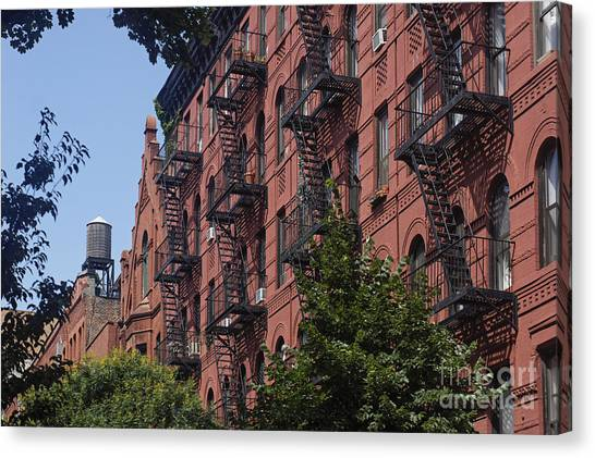 Canvas Print featuring the photograph New York Soho by Juergen Held