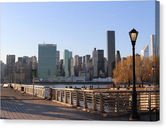 New York's Skyline - A View From Gantry Plaza State Park Canvas Print