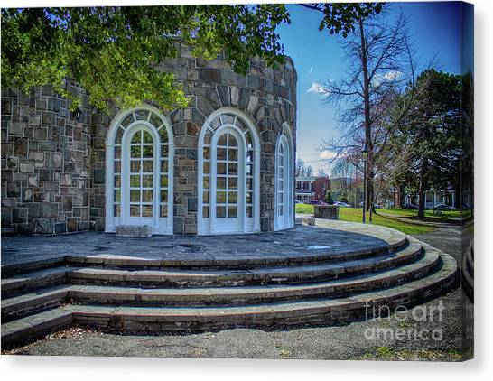 Newburgh Downing Park Shelter House Side View Canvas Print