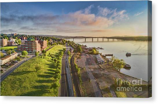 Newburgh Waterfront Looking North Canvas Print