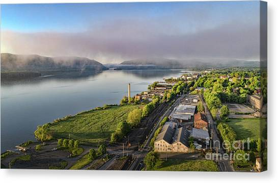 Newburgh Waterfront Looking South 2 Canvas Print