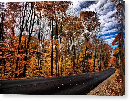 Nh Autumn Road 2 Canvas Print
