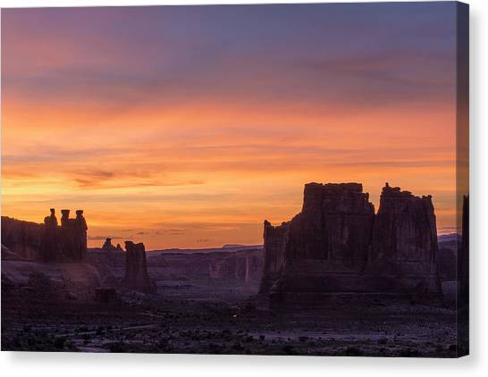 Night Falls Gently Canvas Print