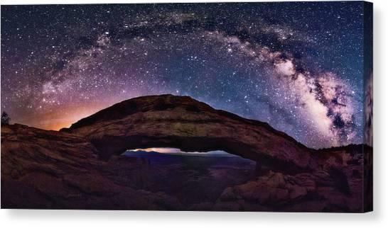 Night Sky Over Mesa Arch Utah Canvas Print