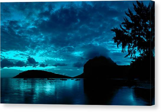 Nightfall In Mauritius Canvas Print