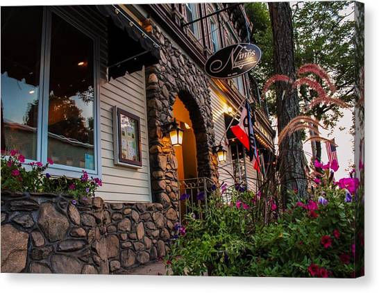 Nini's Restaurante Easthampton Canvas Print