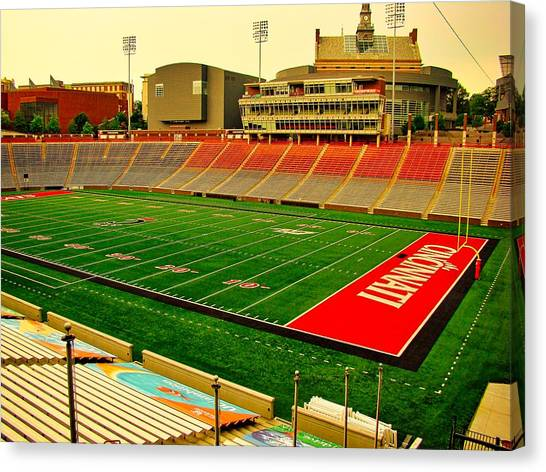 University Of Cincinnati Canvas Print - Nippert Stadium - Home Of The Bearcats by Pixabay