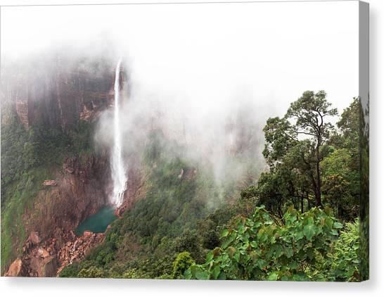 Nohkalikai Falls, Cherrapunji, Meghalaya, India Canvas Print