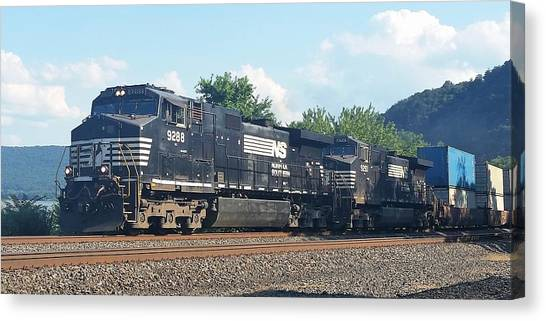 Norfolk Southern Ge C44-9w At Duncannon, Pa Canvas Print
