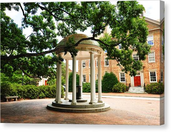 Unc Chapel Hill Canvas Print - North Carolina A Student's View Of The Old Well And South Building by Replay Photos