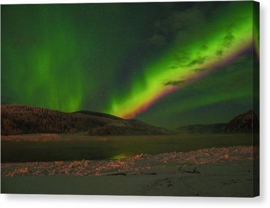 Canvas Print featuring the photograph Northern Northern Lights 3 by Phyllis Spoor