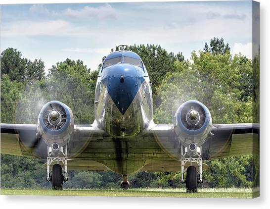 Nose To Nose With A Dc-3 Canvas Print