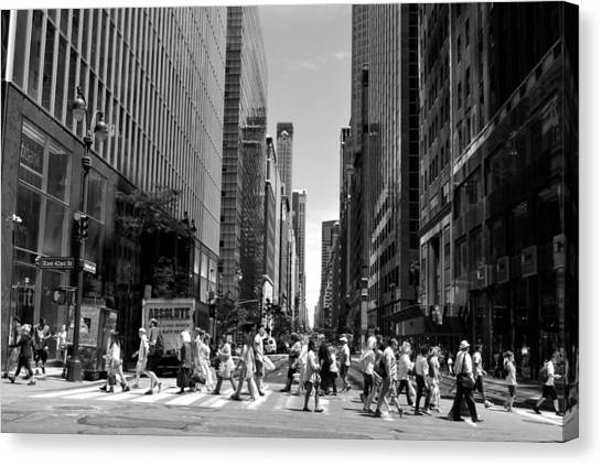 Nyc 42nd Street Crosswalk Canvas Print