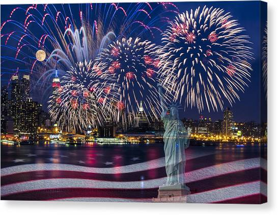 Nyc Fourth Of July Celebration Canvas Print