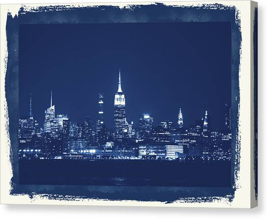 Canvas Print - NYC by Red Cross