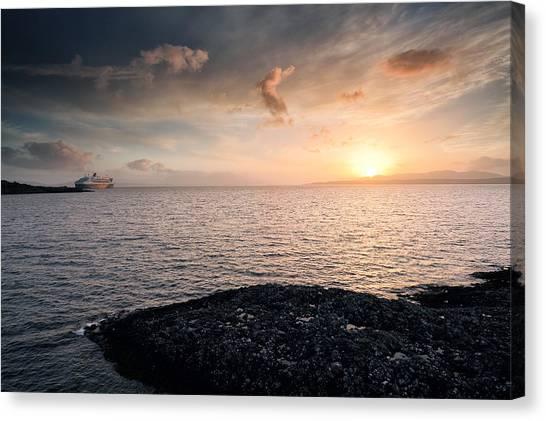 Oban Sunset Canvas Print by Grant Glendinning