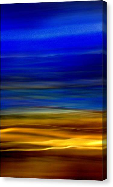 Obscure Horizons Canvas Print