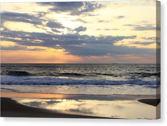 Ocean Dawn Canvas Print