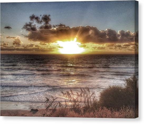 Oh But The Sea  Canvas Print