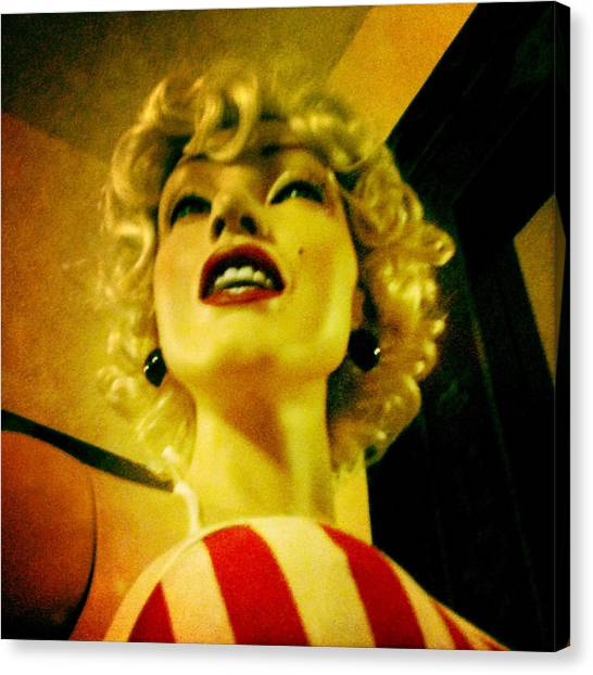 Oh Marilyn  Canvas Print