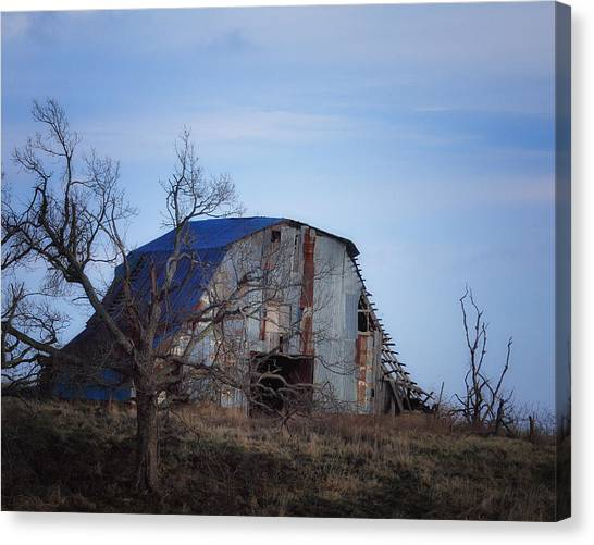 Old Barn At Hilltop Arkansas Canvas Print
