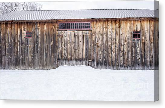Canvas Print featuring the photograph Old Barn Musterfield Farm by Edward Fielding