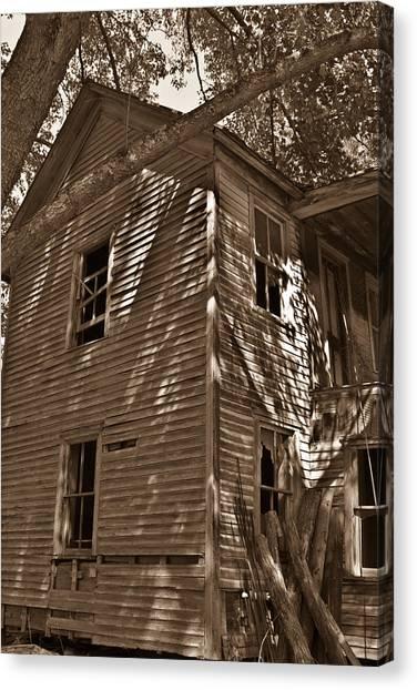 Old Farmhouse In Summertime Canvas Print