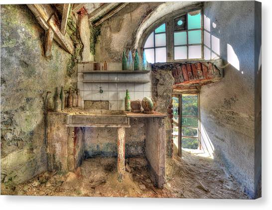 Old Kitchen - Vecchia Cucina Canvas Print