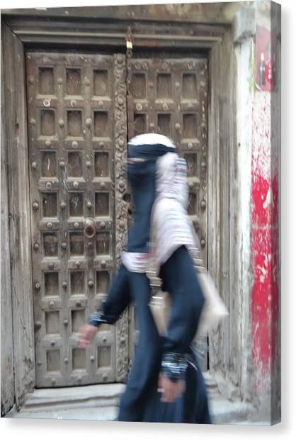 Exploramum Canvas Print - Old Lamu Town Muslim Woman Walking by Exploramum Exploramum