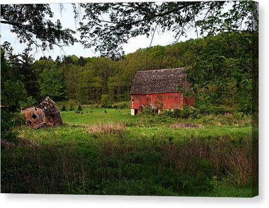 Old Red Barn 2 Canvas Print