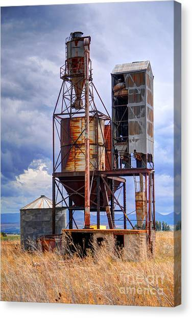 Thunderclouds Canvas Print - Old Rusted Grain Silo - Utah by Gary Whitton
