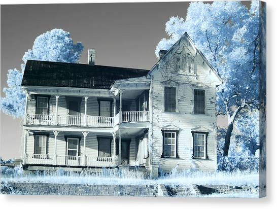 Old Shull House In 642 Canvas Print